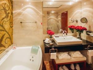 Grand Hotel Union photo 10