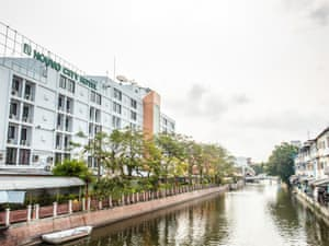 Nouvo City Hotel photo 4