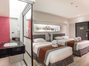 Nouvo City Hotel photo 22