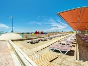 Adin Beach Hotel photo 12