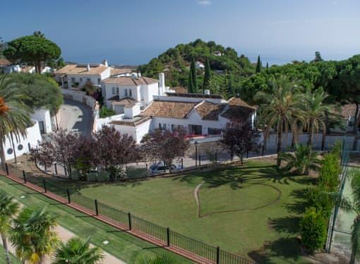 فنادق إسبانيا للعوائل 5